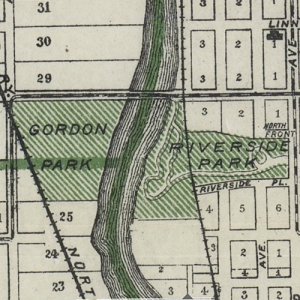 This detail of a 1923 map shows Riverside Park and the ravine drive that once connected Newberry Boulevard with the Milwaukee River. Today, everything to the right of the former railroad right-of-way is now Riverside High School's athletic fields.