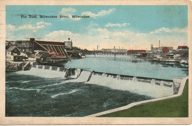 A postcard from the early 1900s shows the North Avenue dam. The low, red-roofed building on the left bank is the Rohn Swimming School, which operated from the mid-1850s to the 1930s. Collection of Carl Swanson