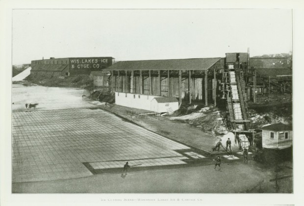 A typical Wisconsin Lake Ice Co. operation is shown in this photo. The ice is grooved and sections are floated to shore where additional workers break the ice into smaller squares and load it on a conveyor for storage in the icehouse. Imagine the havoc one boat could do to this scene. Milwaukee Public Library/Historic Photos Collection