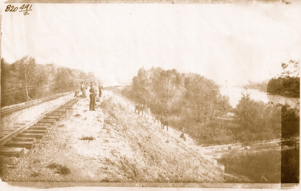 The Northwestern Union built north out of downtown in the 1880s, cutting through hills and filling in ravines as they went. This photo was taken at the location of today's Hubbard Park. Courtesy Milwaukee County Historical Society