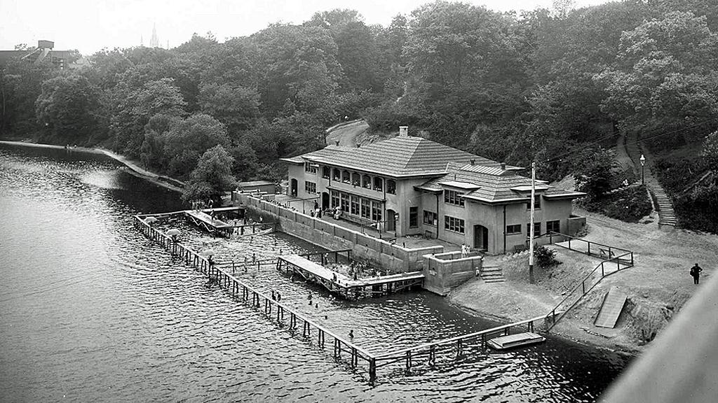 Gordonbathhouse_1914-1