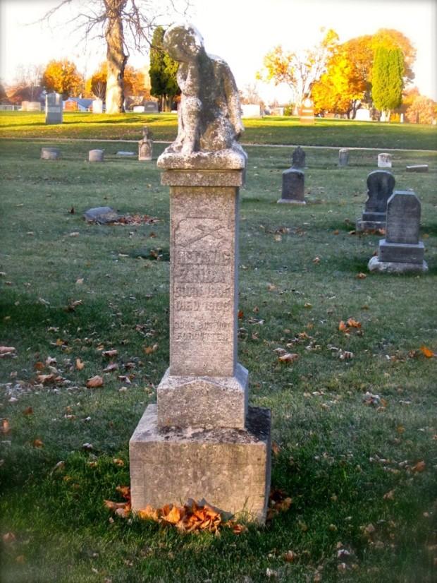 Hattie Zinda grave
