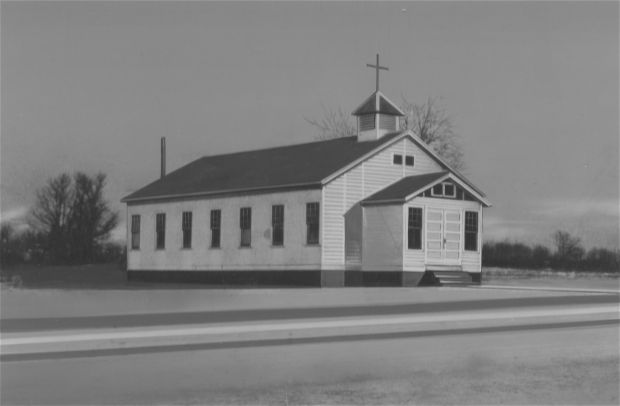 A prefabricated chapel building on Capitol Drive was Luther Memorial's first home. Photo courtesy Luther Memorial Chapel